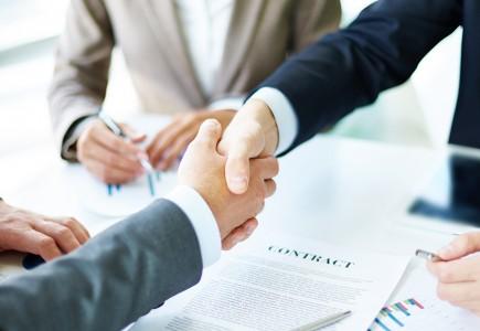 Zatrudnienie wspólnika w spółce z ograniczoną odpowiedzialnością